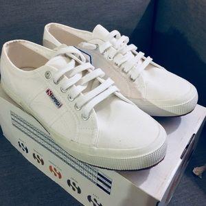 NEVER WORN NWT Superga Cotu Classic 2750 sneakers